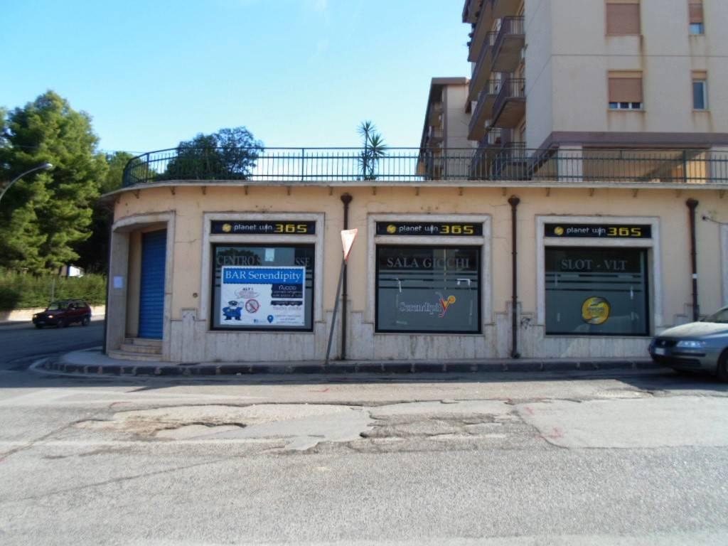 Negozio monolocale in vendita a Caltanissetta (CL)