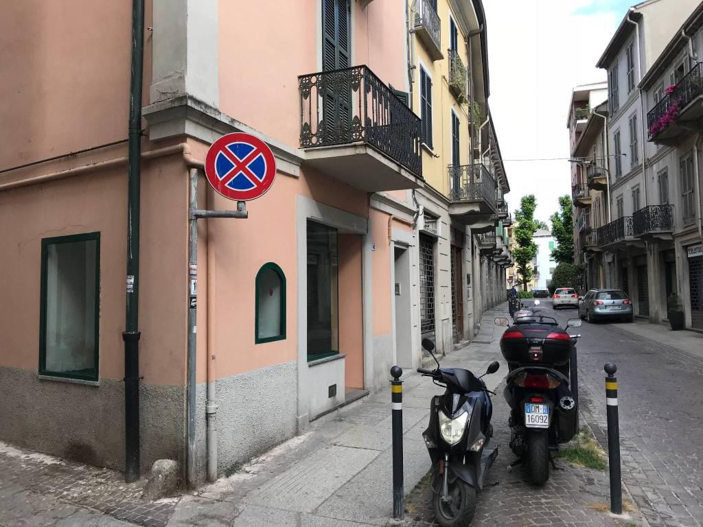 Negozio in affitto centro storico Alessandria Borgo Rovereto Rif. 8017576