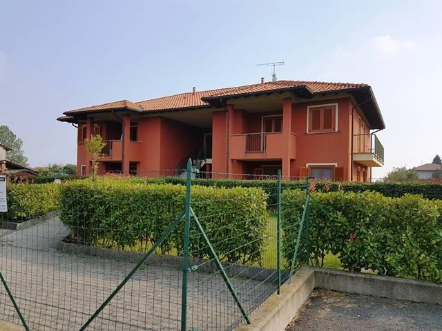 Appartamento in ottime condizioni in vendita Rif. 8018236