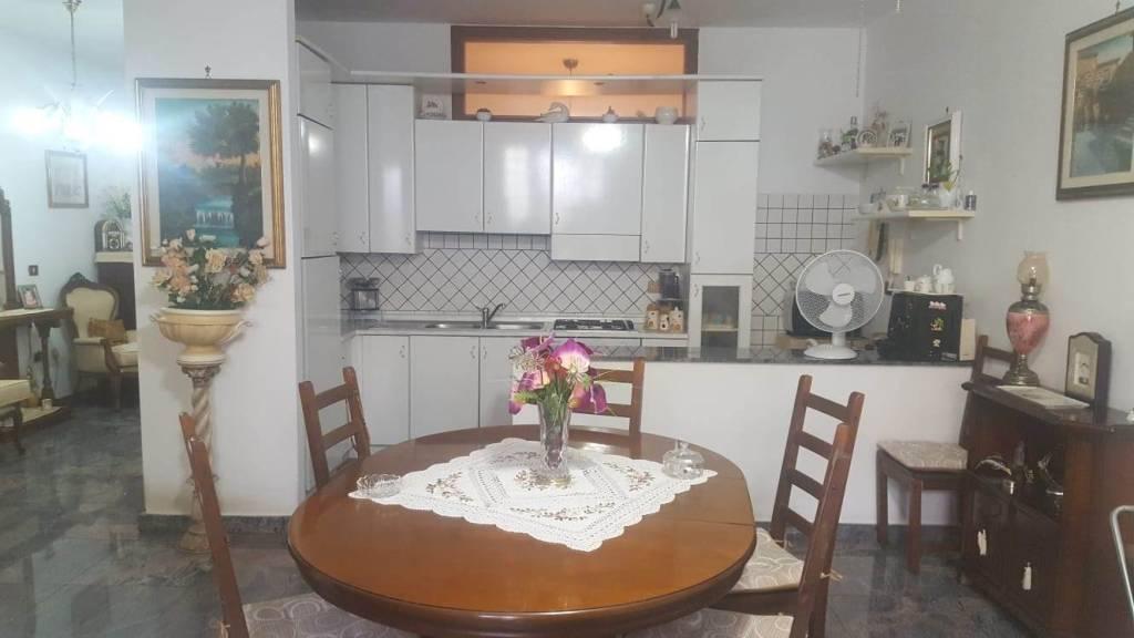 Appartamento arredato di 3 vani e accessori in affitto a San