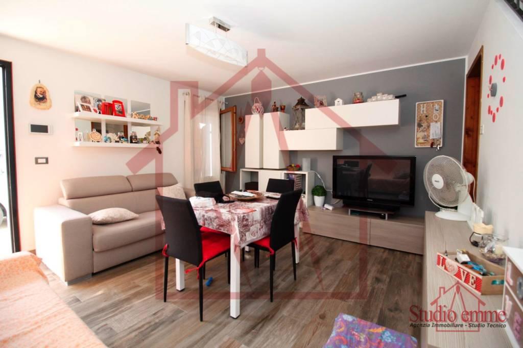 Villetta a schiera in ottime condizioni in vendita Rif. 8029891