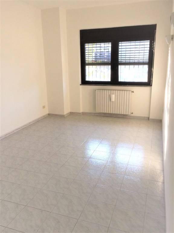 Ufficio / Studio in affitto a Pregnana Milanese, 2 locali, prezzo € 900 | PortaleAgenzieImmobiliari.it