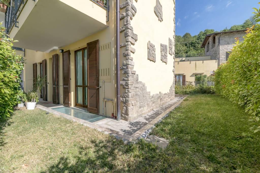 Appartamento in ottime condizioni in vendita Rif. 8037112