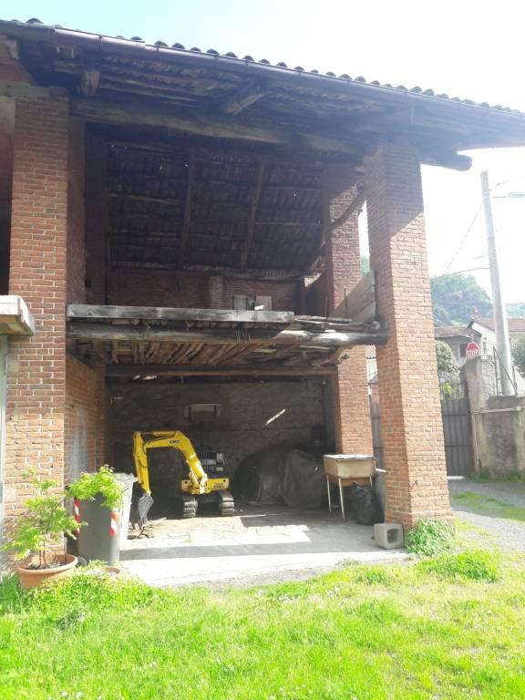 Rustico / Casale da ristrutturare in vendita Rif. 8036198
