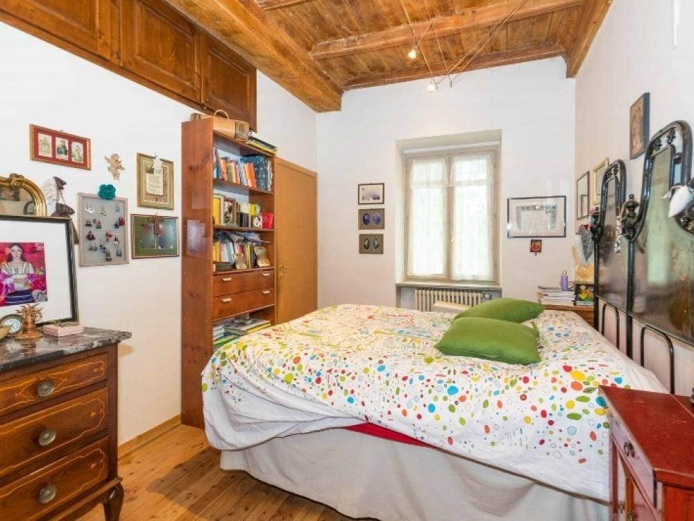 Appartamento in ottime condizioni in vendita Rif. 8033968