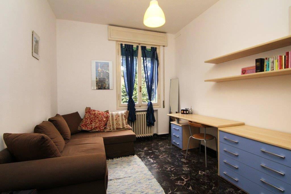 Appartamento in Vendita a Bologna: 2 locali, 80 mq
