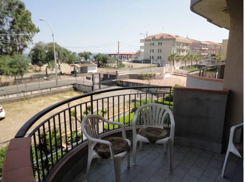 Appartamento in ottime condizioni in vendita Rif. 8031380
