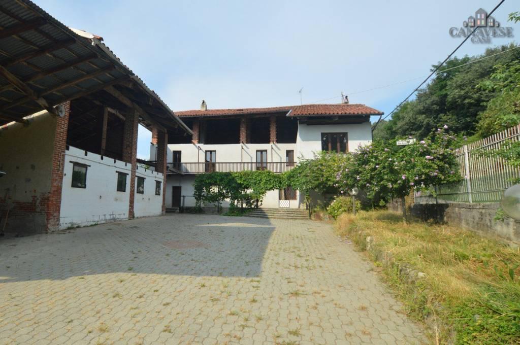 Rustico / Casale da ristrutturare in vendita Rif. 8035246