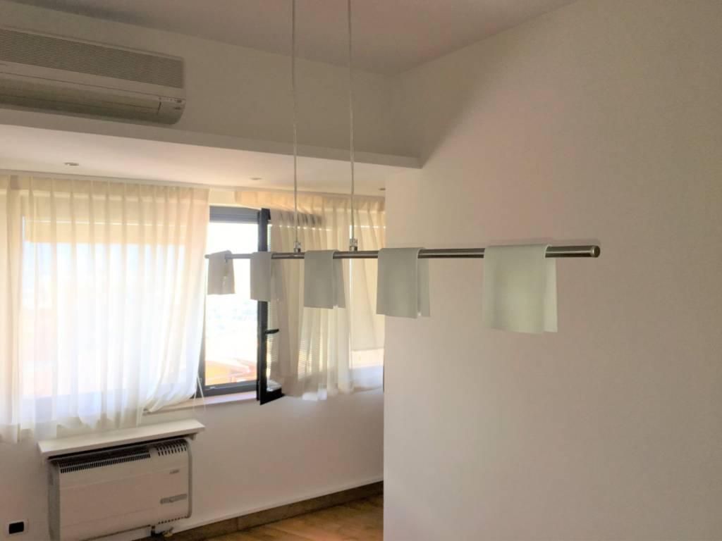 Appartamento in ottime condizioni arredato in vendita Rif. 8032727