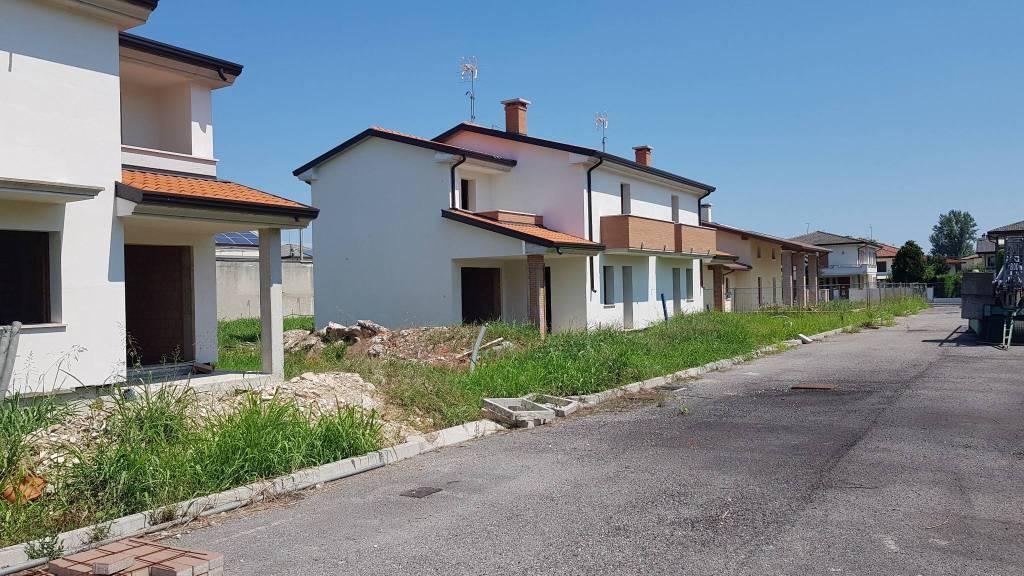 Villa in vendita Rif. 8066265