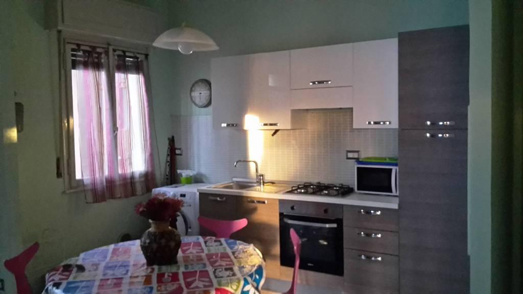 Stanza / posto letto in affitto Rif. 8037483