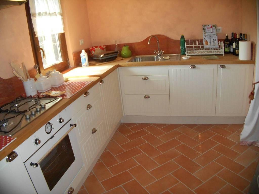 Rustico / Casale in ottime condizioni arredato in vendita