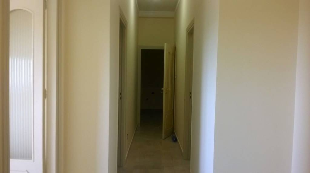 Appartamento in buone condizioni in affitto Rif. 8029177