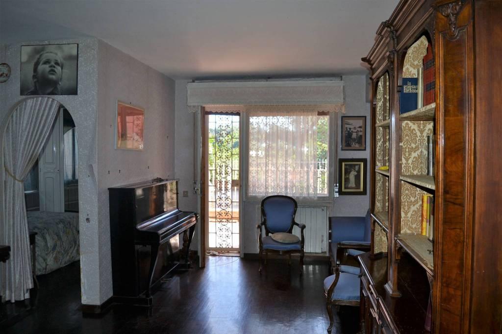 Appartamento in buone condizioni in vendita Rif. 8029733