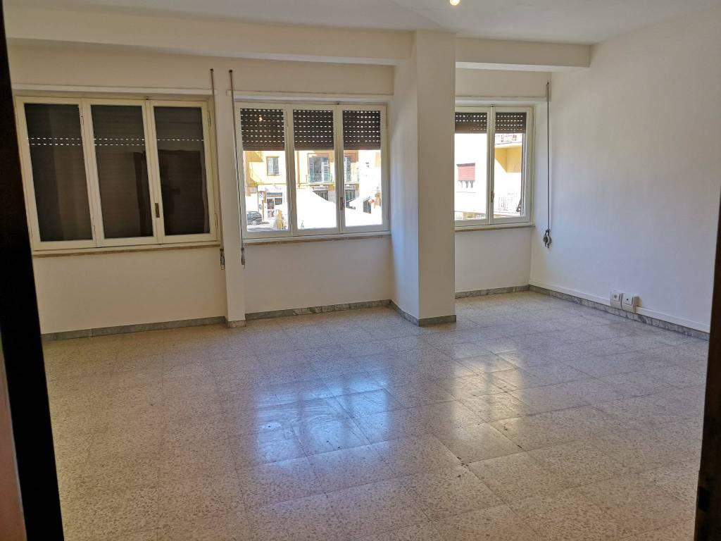 VELLETRI-Appartamento ampia metratura zona centrale