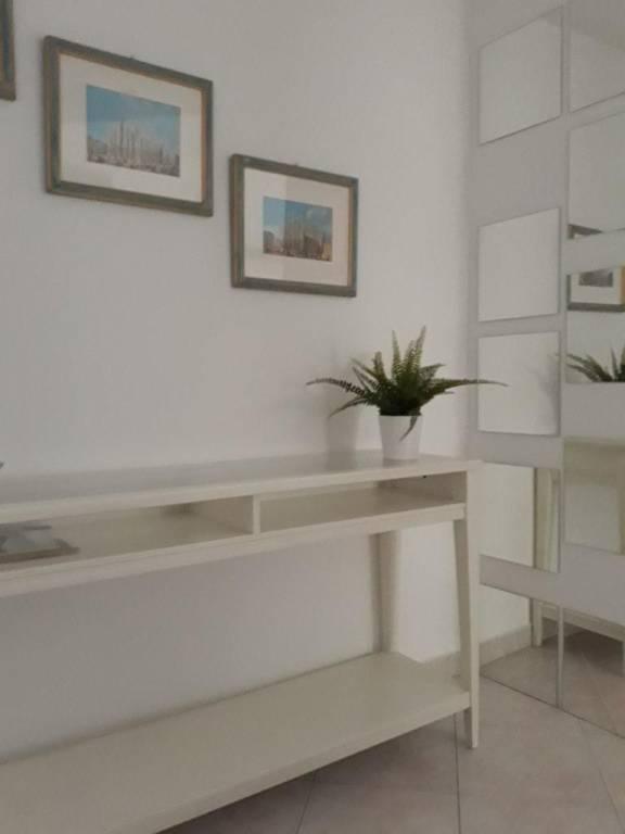 Appartamento in buone condizioni arredato in affitto Rif. 7766956