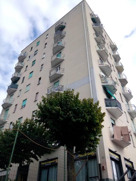 Appartamento in vendita a Saltrio, 2 locali, prezzo € 65.000 | CambioCasa.it
