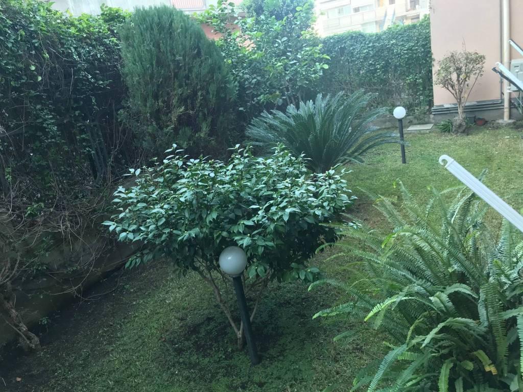Recente 3 vani e mezzo +giardino e garage Aci Catena