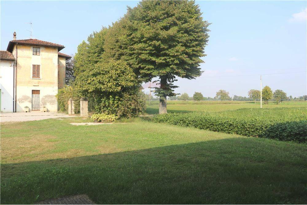 Rustico / Casale in vendita a Gottolengo, 6 locali, prezzo € 70.000 | PortaleAgenzieImmobiliari.it