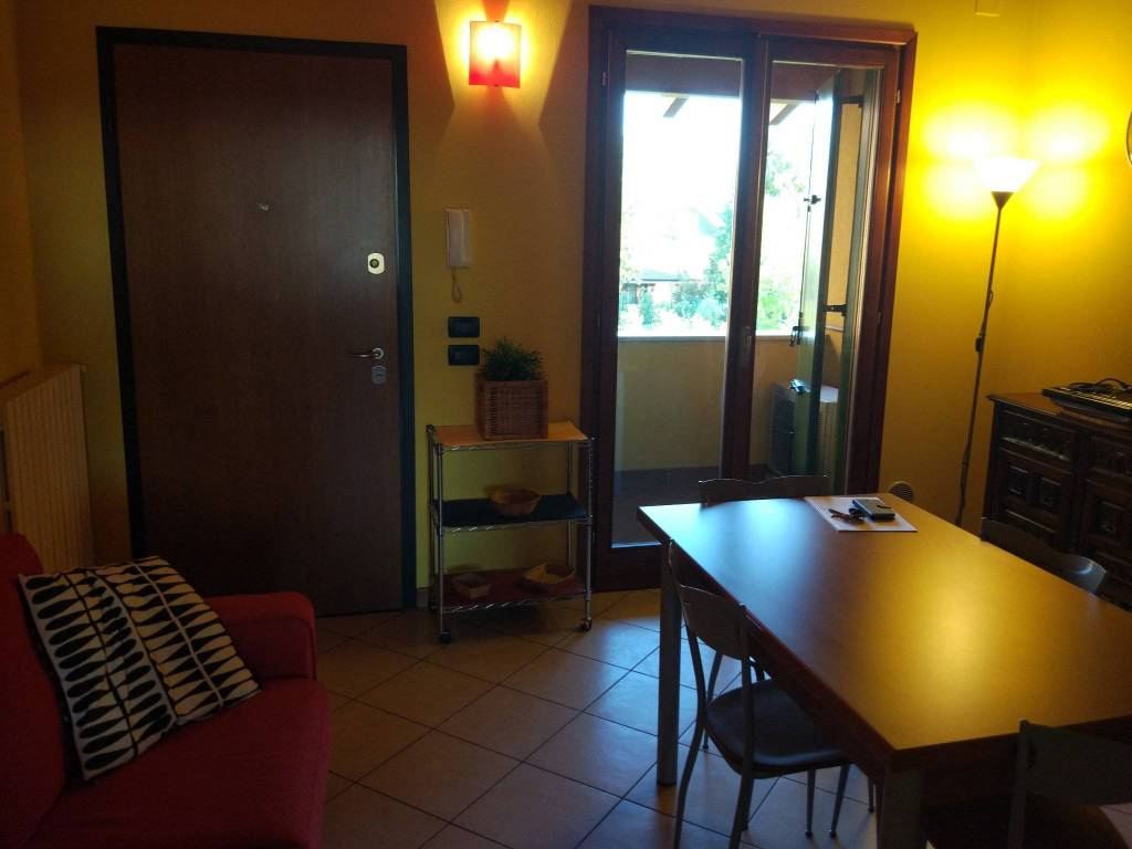 Appartamento in ottime condizioni arredato in vendita Rif. 8032623