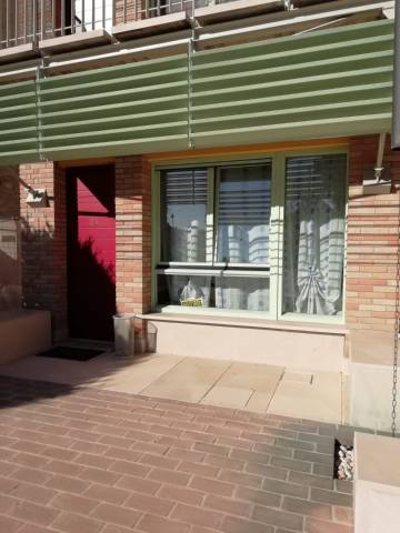 Appartamento in buone condizioni arredato in affitto Rif. 7123362