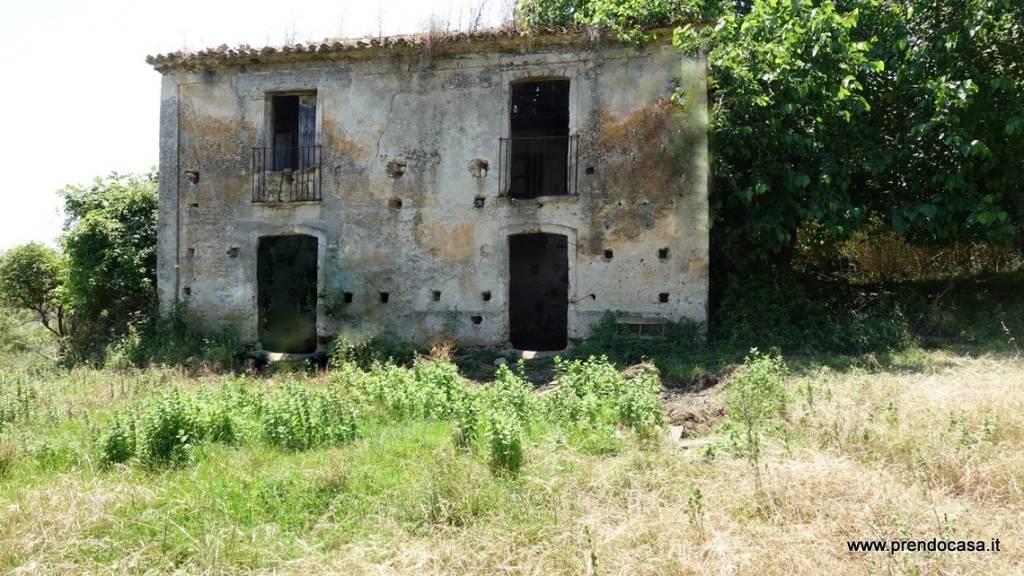 Rustico / Casale in vendita Rif. 8029346