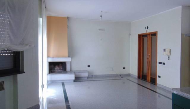 Appartamento in ottime condizioni in vendita Rif. 5023245