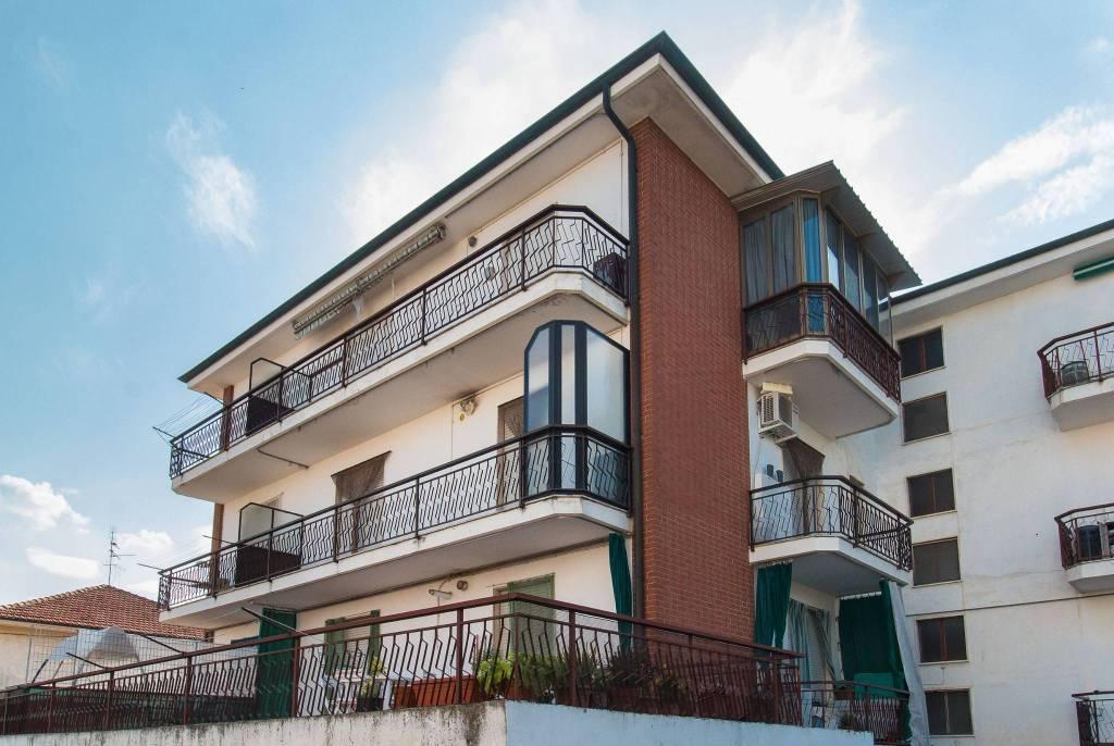 Appartamento da ristrutturare in vendita Rif. 8048785