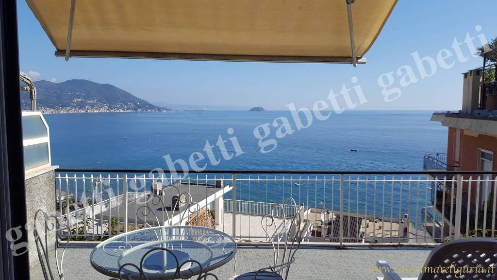 Appartamento in ottime condizioni arredato in vendita Rif. 8651540
