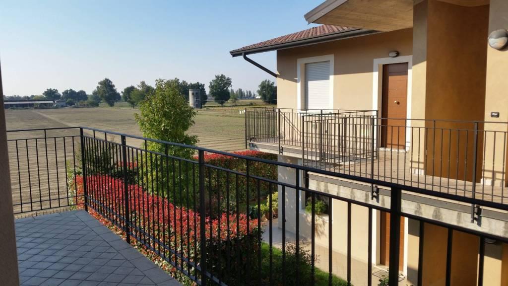 Appartamento quadrilocale in vendita a Vescovato (CR)