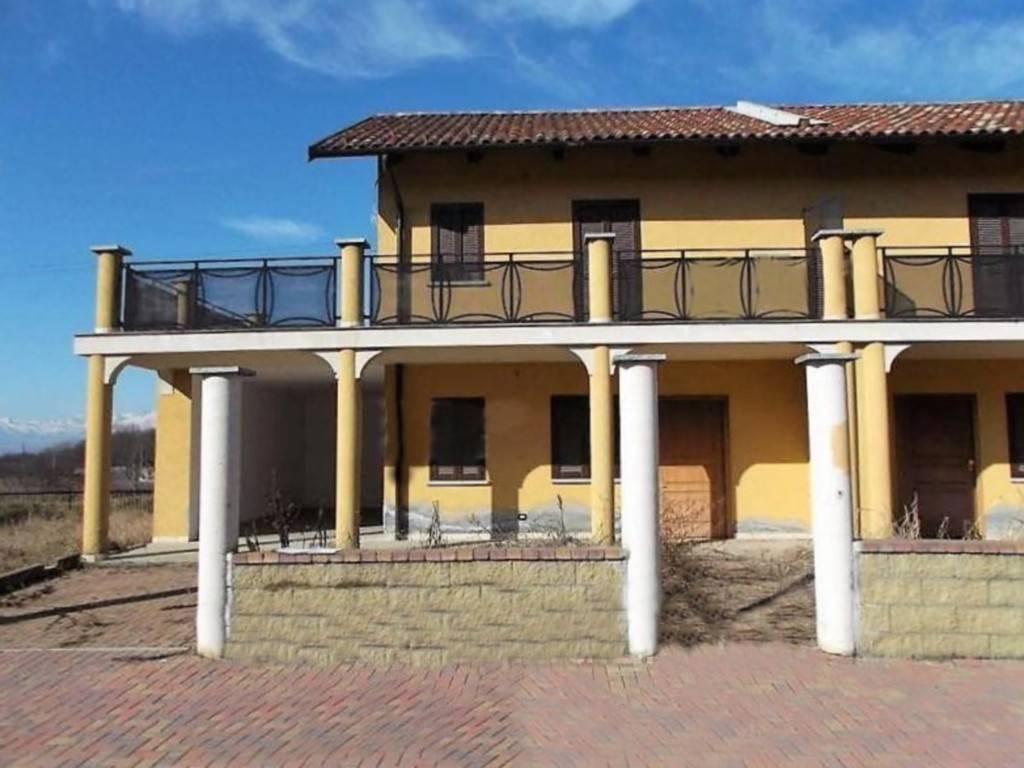 Villa a Schiera in vendita a Montalenghe, 3 locali, prezzo € 58.000 | CambioCasa.it
