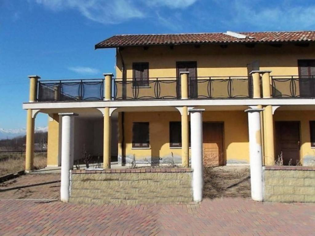 Foto 1 di Villetta a schiera via Don Giacomo Arvat 10, Montalenghe
