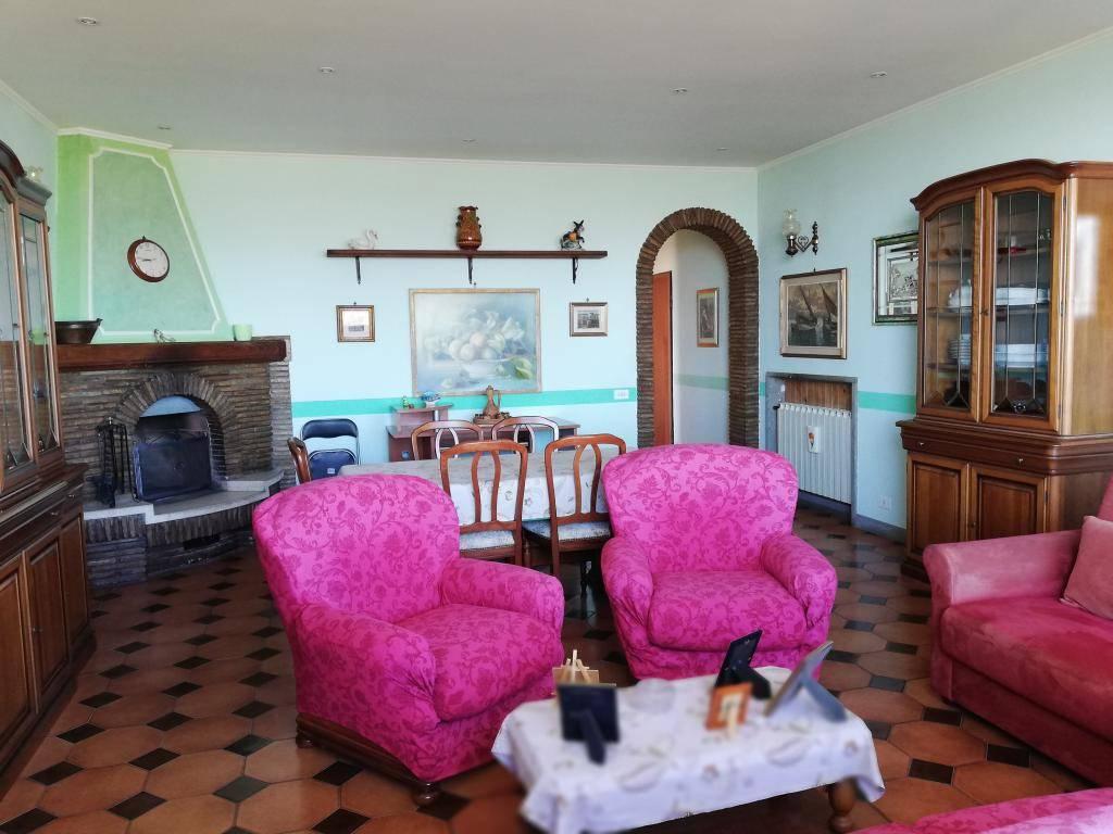 Appartamento in vendita a Morolo, 2 locali, prezzo € 75.000 | CambioCasa.it