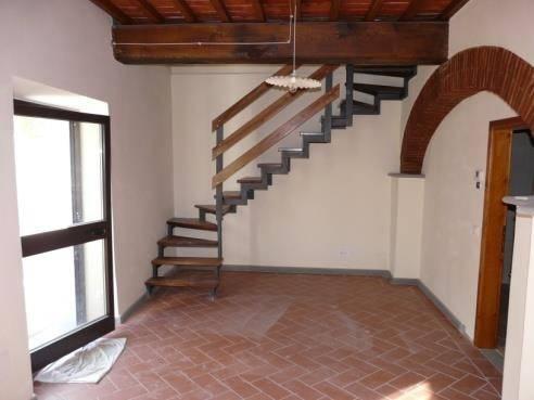 Appartamento in ottime condizioni parzialmente arredato in affitto Rif. 8062705