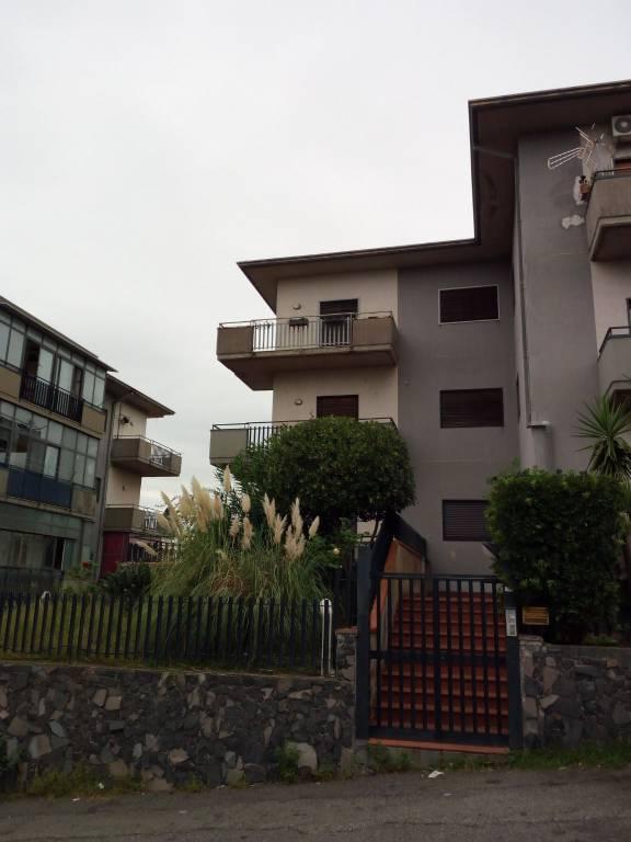 Appartamento di circa 90 mq 0957928209 / 3938781243