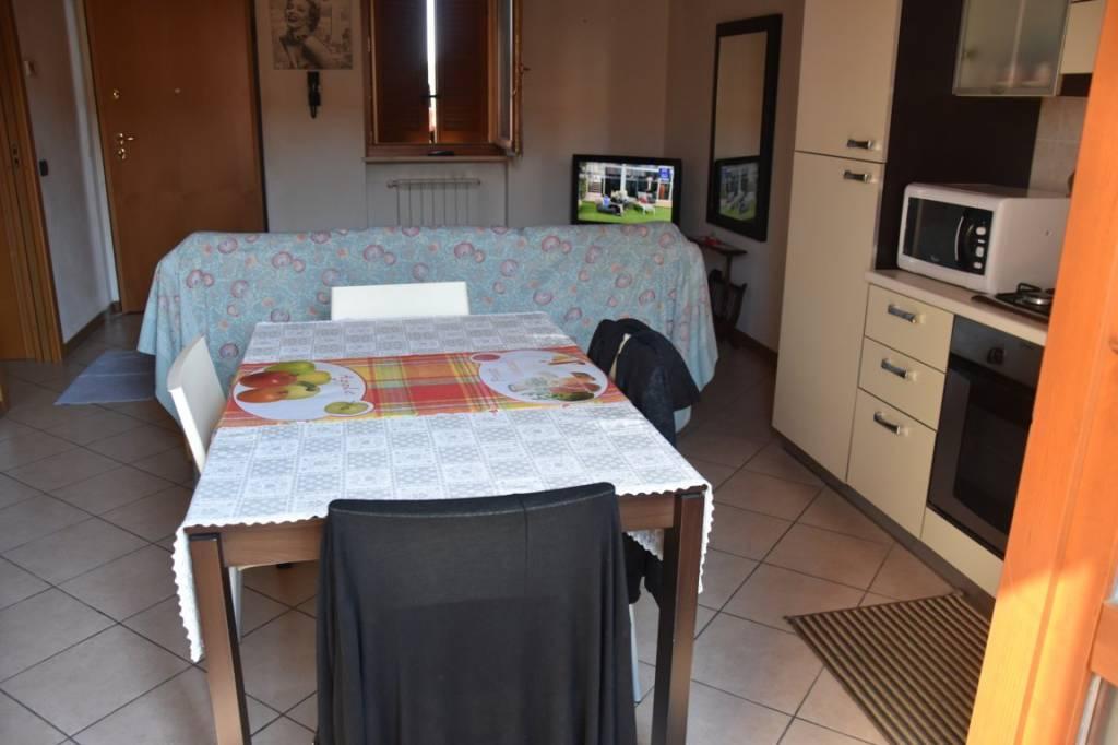 Appartamento arredato in affitto Rif. 8061551