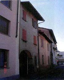 Appartamento in buone condizioni in vendita Rif. 8066101