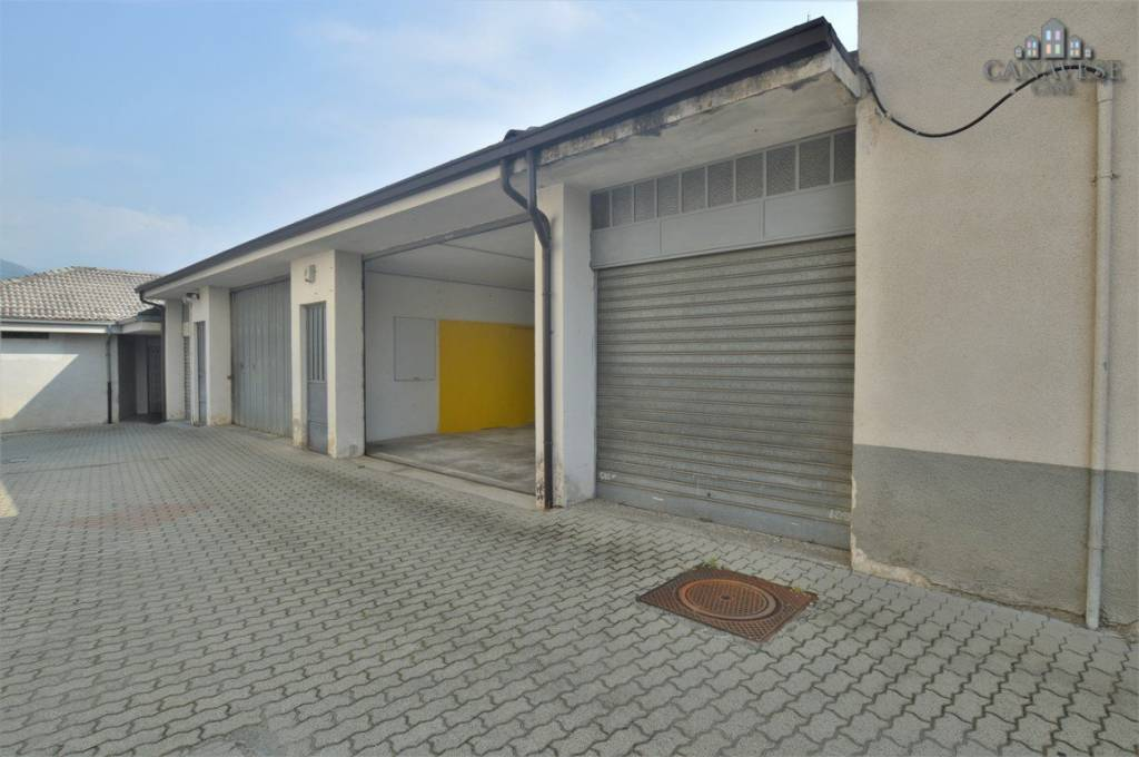 Magazzino - capannone in vendita Rif. 8064581