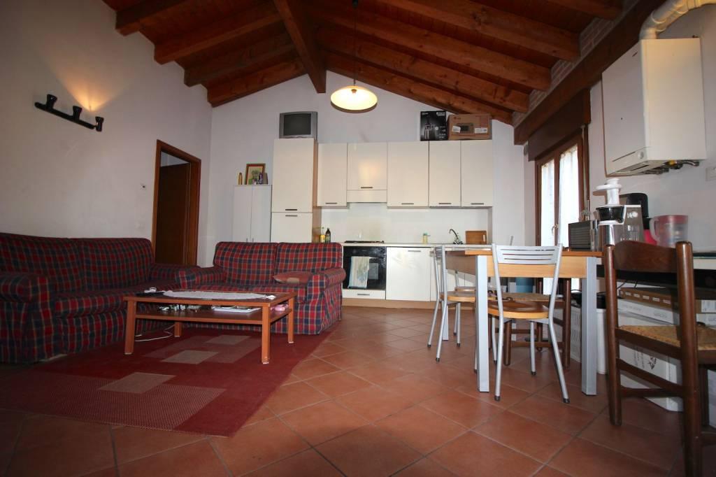 Appartamento in vendita a Vicenza, 3 locali, prezzo € 113.000   CambioCasa.it