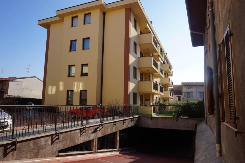 Appartamento in ottime condizioni in affitto Rif. 8078867