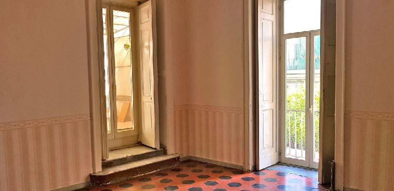 Appartamento in vendita 4 vani 115 mq.  vico Santa Maria della Purità Napoli