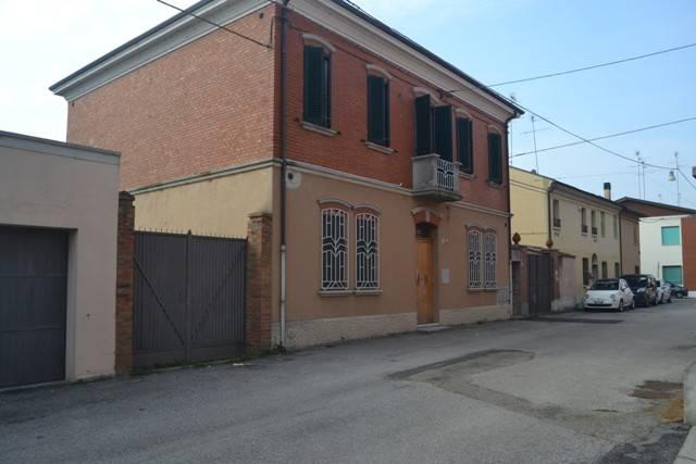 Foto 1 di Villa via Nazionale, Argenta