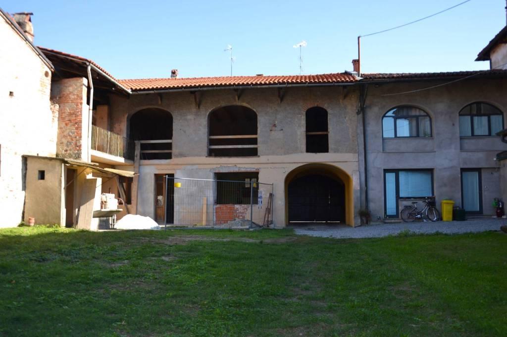 Casa Indipendente da ristrutturare in vendita Rif. 8085274