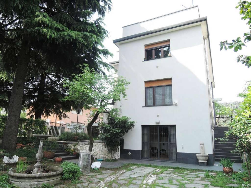 Quadrilocale in Vendita a Milano