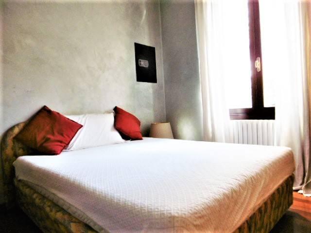 Appartamento in vendita 2 vani 86 mq.  via Pinerolo 72 Milano