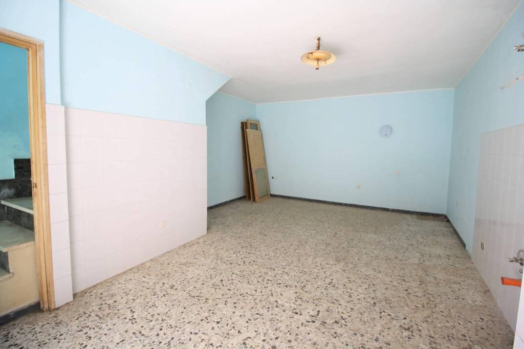 Stabile / Palazzo da ristrutturare in vendita Rif. 8082906