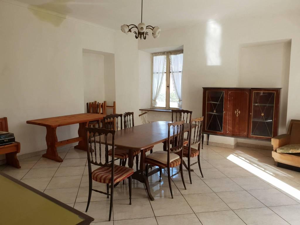 Casa Indipendente da ristrutturare in vendita Rif. 8085289