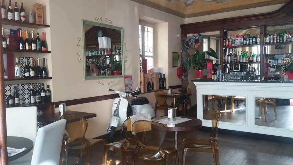 Bar in vendita a Caselle Torinese, 6 locali, prezzo € 150.000 | PortaleAgenzieImmobiliari.it