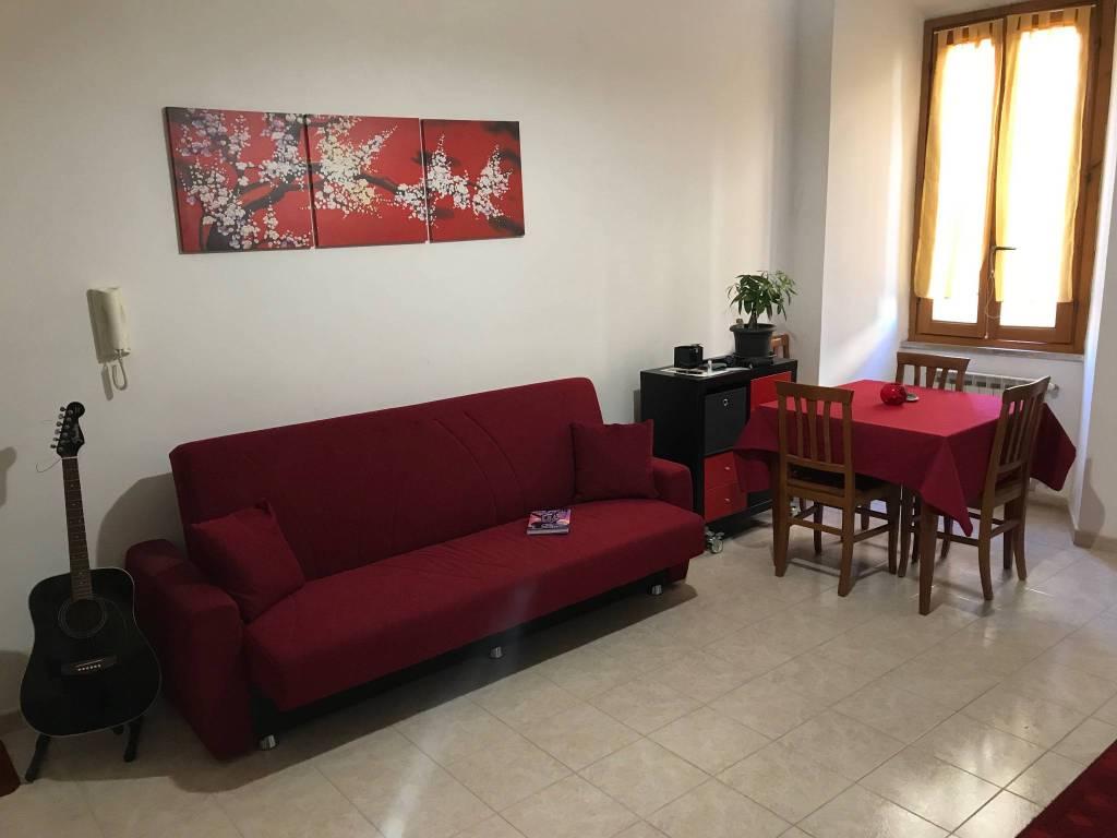 Appartamento in ottime condizioni arredato in affitto Rif. 8558994