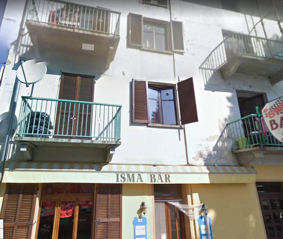 Appartamento in buone condizioni in vendita Rif. 8008018